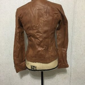b18e45b077b09 Bernardo Jackets   Coats - Women s Sheep Kerwin Leather Jacket Brown